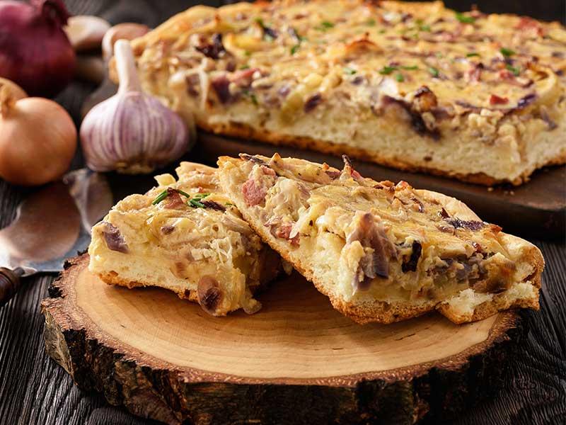 tarte aux oignons et aux gratons